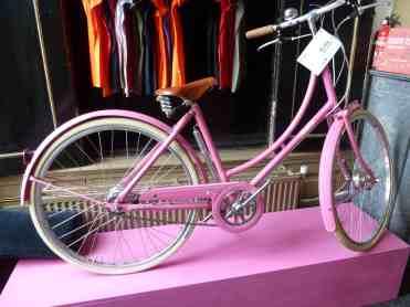 pink -Lola cafe